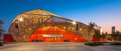in an attempt to enliven downtown houston, the 'BBVA compass stadium', designed by populous, was envisioned with a visually dynamic tessellated exterior. Great Place To Work, Great Places, Amazing Architecture, Art And Architecture, Contemporary Architecture, Houston Dynamo, Facade Lighting, Great Works Of Art, Sport Hall