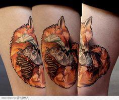 Tatuaż Udo Lis Królik przez Dark Art Tattoo na Stylowi.pl