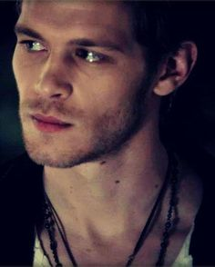 Joseph Morgan aka Klaus - Doesn't he look like Kivanc Tatlitug?