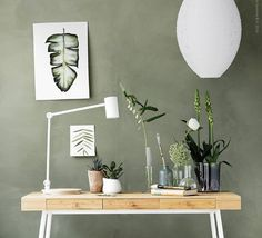 Urban jungle desk in Scandinavian style
