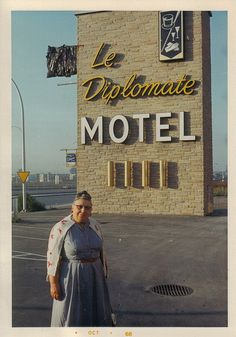 Minnie was reckless & wanton with her money when it came to hotel accommodations.