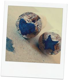 sellos de corcho DIY, padrísimos! Chécalos en http://misdiyviri.blogspot.mx/2014/06/padrisimos-sellos-de-corcho.html