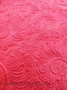 phenomenal free motion, unmarked quilting -- Green Fairy Quilts (Madsen is sooo talented)
