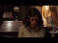 EL DIARIO DE ANA FRANK (Película completa en español) Movie Talk, I Movie, Picture Movie, Now And Then Movie, Women Names, Anne Frank, Film Books, Me Tv, Tv Series