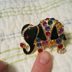 Pretty elephant scarf / lapel pin Enamel with gold tone and multiple colored rhinestones. Jewelry Brooches