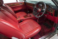 1984 Aston Martin V8 Vantage Coupé Aston Martin V8, Car Seats, Cutaway, Car Seat
