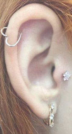 Cute Multiple Ear Piercing Ideas - Wired Heart Cartilage Ring Hoop - Crystal Flower Tragus Stud Earring -  #hoopearrings Double Cartilage Piercing, Ear Piercings Cartilage, Piercing Tattoo, Cartilage Piercings, Piercing Ring, Peircings, Guys Ear Piercings, Multiple Ear Piercings, Tongue Piercings