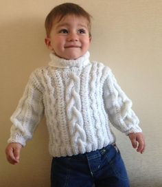 Free Knitting Patterns - White Cable Knit Sweater For Baby Boy Baby Boy Knitting Patterns, Knitting For Kids, Baby Patterns, Free Knitting, Crochet Patterns, Gilet Crochet, Knit Crochet, Crochet Baby, Free Crochet