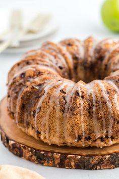 Apple Cake with Honey Glaze Recipe - Shugary Sweets Shugary Sweets, Honey Glaze, Glaze Recipe, Apple Cake, Savoury Dishes, Apple Recipes, Bagel, Doughnut, Bread