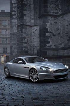Aston Martin Vanquish......