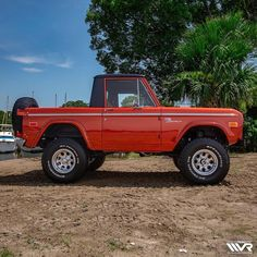 Velocity Restorations is a high end, classic car restoration center based in Pensacola, Florida. We specialize in classic Ford Broncos and vintage vehicles. Classic Bronco, Classic Ford Broncos, Classic Trucks, Bronco Truck, Jeep Truck, Ford Trucks, Broncos Pictures, Early Bronco, Classic Car Restoration