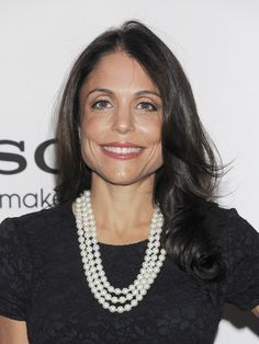 Bethenny Frankels wavy, long hairstyle