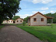 Klein vakantiepark, 4x chalet/vakantiehuis/gîte, zwembad + restaurant aan Kanaal Nivernais, vissen, fietsen, rust, Morvan, Bourgogne, rolstoelvriendelijk
