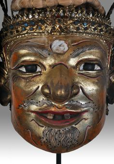 Old Thai Hermit mask - For sale - Baht 20,000 - contact : stephff.cartoonist@gmail.com