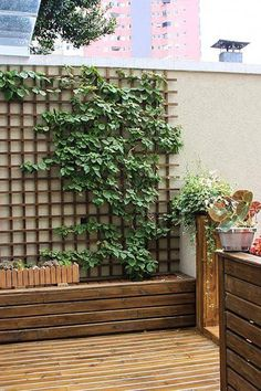 An environmentally friendly roof top has many benefits at monetary, ecological and societal stage. #Roofgardenideas