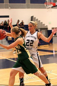 Girl's basketball <3  Sarah in a few years?  :)