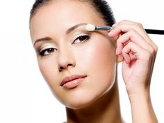 The Best Makeup Trends 2014 White eyeshadow, yep, I'll try this.
