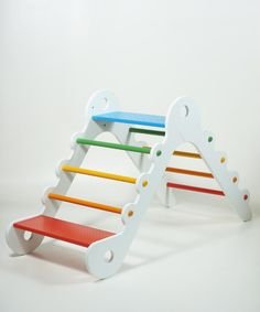 MOME + Download Design - the great open design project (free download of baby room furniture)