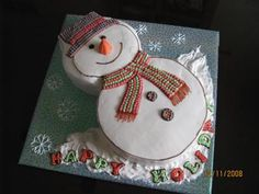 Snowman Cake: I made this Snowman cake to celebrate year end holiday, when my friend asked me to make two cakes for her son's school party.  That is how I got an idea