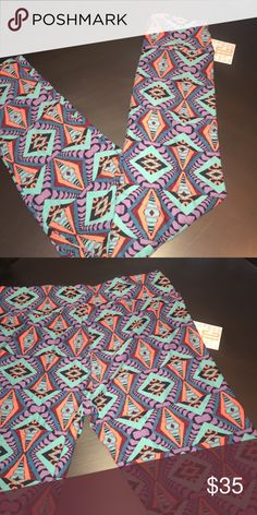 LuLaRoe leggings Tall and curvy!! Fits sizes 10-22!! Best purchase you could ever make! Super easy movement, NON- SEE THROUGH!!! Super comfy and great for wearing all year round!! LuLaRoe Pants Leggings
