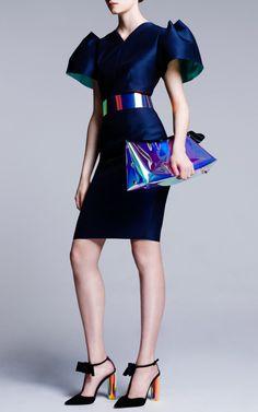 Roksanda Resort 2014 Fashion Show Passion For Fashion, Love Fashion, Runway Fashion, High Fashion, Fashion Show, Womens Fashion, Fashion Design, Fashion Trends, Urban Fashion