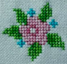 This Pin was discovered by Ayş 123 Cross Stitch, Cross Stitch Flowers, Cross Stitch Designs, Cross Stitch Patterns, Hand Embroidery Patterns Flowers, Ribbon Embroidery Tutorial, Hand Embroidery Designs, Embroidery Fabric, Fabric Art