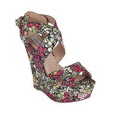 Tall heels= Good for short girls!