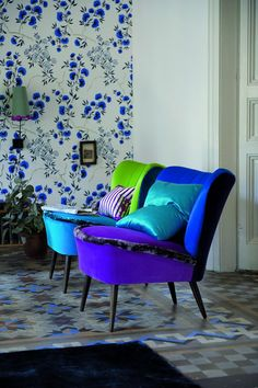Designers Guild: chez Chantier(s) Art House. Designers Guild Fabrics and wallpapers can be purchased through www.janehalldesign.com.