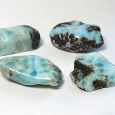 Larimar awakens feminine power and soothes the emotions. Created by volcanic activity, it balances water and fire energy. A powerful throat chakra stone, it assists in expression of emotions and teaches respect, love, and nurturing. It cleanses unhealthy emotional blocks and releases attachments. It is excellent for pregnant or new mothers to relieve depression and stress.