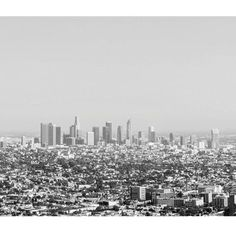 inducing a little wanderlust. #cerealmags #losangeles city guide will take you there. || #cereal #cerealmag #bibelotandtoken #toronto #lifestyle #shoplocal #travel #culture #leisure #style #cityguide #losangeles #wanderlust #monochrome #photography #letsgo #blackandwhite #minimal #mood #minimalism #minimalmood #scenic #views #online