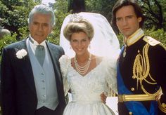 Dynasty's royal wedding was anything but a restrained affair with Prince Michael and his bride Amanda Carrington& Andrea Casiraghi, Charlotte Casiraghi, Beatrice Borromeo, Grace Kelly, The Affair Tv Series, Dynasty Tv Show, Albert Von Monaco, Der Denver Clan, Dynasty Clothing