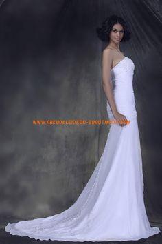 A-linie Glamouröse Dramatische Brautkleider aus Organza mit Schleppe