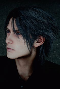 Noctis, you're so pretty but could you maybe not shave your beard? Fantasy Male, Fantasy Series, Fantasy World, Final Fantasy Characters, Final Fantasy Artwork, Noctis Final Fantasy, Noctis Lucis Caelum, Sasuke, Games Images