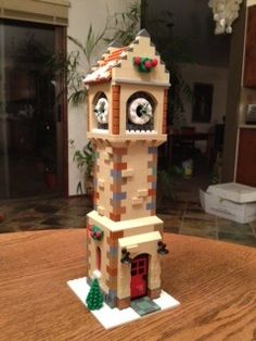 Expand The Winter Village II - Winners! Lego Projects, Projects To Try, Lego Christmas Sets, Lego Gingerbread House, Lego Winter Village, Dumpster Fire, Lego Models, Everything Is Awesome, Mini Paintings