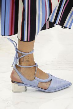 Salvatore Ferragamo - Spring 2016 Shoe Trends: Sandals, Sneakers, and Heels from… Salvatore Ferragamo, Shoe Boots, Shoes Heels, Shoes 2016, Pointed Toe Heels, Trendy Shoes, Blue Shoes, Beautiful Shoes, Crocodile