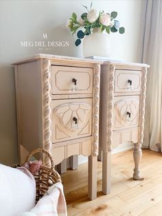 Get the look of these Spring-inspired pink painted end tables using this simple step-by-step guide! From a vanity to unique nightstands, they're painted in a dusty, muted pink perfect for a subtle feminine look that works beautifully with French county, vintage chic, and farmhouse style! #megdeldesign #paintedfurniture #pinkfurniture #vanitytoendtables #thechippybarn Pink Furniture, Cool Furniture, Painted Furniture, Furniture Design, Funky Bedroom, Bedroom Decor, Unique Nightstands, Painted End Tables, Furniture Painting Techniques