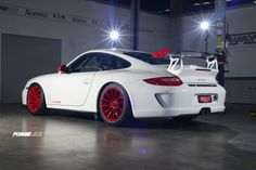 Our friends in Australia at Harrop Engineering fit this Porsche 911 GT3RS with our new one piece forged monoblock