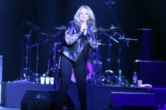 #BonnieTyler #live #concert #moscou #2014 #rock #music #crocuscityhall #AlexanderSedelnikov          source: Alexander Sedelnikov