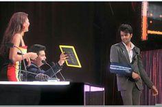 JDJ9 sets... Manish Paul,Jacqueline Farendez&Karan Johar....