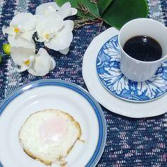 Café da manhã.  #quevenhaoinverno2016 #comidadeverdade #paleo #vidasaudável #lowcarb #atividadefisica #dietasemsofrer #namiradagigi #projetomimis #bomdiaa #bomdia #dieta #fit #fitfood #fitnessmotivation by santa_receita