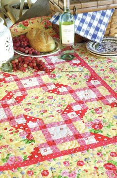 Picnic Grove Quilt Pattern Pieced HH