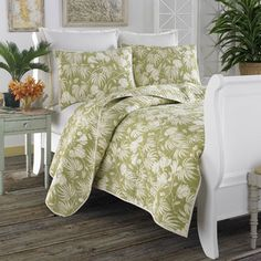 Beddingstyle:+Tommy+Bahama+Plantation+Floral+Lime