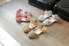 c9e247f11 Girls shoes princess shoes children shoes spring and summer 2017 new Korean  baby girls shoes sequined shoes Peas shoes from OKProm