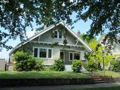 SOLD!!! This 1913 classic bungalow has many of the original details throughout the home. Molding doors a formal dining room with built-ins and  plate rail. Click to view the Visual Tour, call our office at 503-256-9723 or visit our website at Peteandersonrealty.com