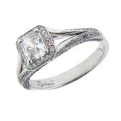 #09039 Platinum Engagement Ring With Radiant Cut Center