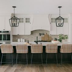 Mix and mingle with friends on a bar stool or coutner stool for any occasion! Find bar stools, kitchen stools, counter stools, bar chairs and bar furniture at Ballard Designs. Kitchen Stools, Kitchen Dining, Kitchen Island Seating, Kitchen Island Decor, Kitchen Styling, Dining Room, Modern Farmhouse Kitchens, Home Kitchens, Farmhouse Style