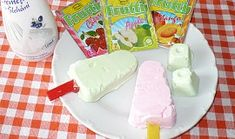 Tvarohové nanuky - dia Cheese, Dishes, Ethnic Recipes, Food, Diabetes, Flatware, Meals, Diabetic Living, Yemek