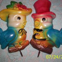 vintage_chalkware birds. I used to have these but the fell and broke. Hope to buy another PR. someday.