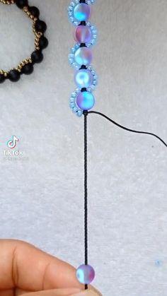 Diy Bracelets Patterns, Diy Friendship Bracelets Patterns, Diy Bracelets Easy, Beaded Jewelry Patterns, Handmade Bracelets, Seed Bead Jewelry Tutorials, Seed Bead Bracelets Diy, Handmade Wire Jewelry, Diy Crafts Jewelry