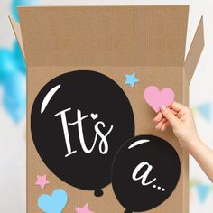 Love this easy to follow guide on how to make a DIY Gender Reveal Box!  #genderrevealbox #genderreveal #genderrevealballoonbox #genderreveals #pinkorblue #diygenderrevealbox